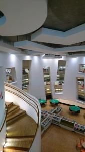 Clapham Library